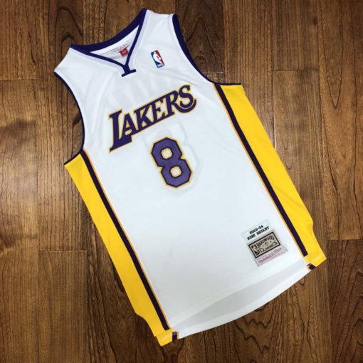 Kobe Bryant Los Angeles Lakers Alternate 2003-04 white jersey 1