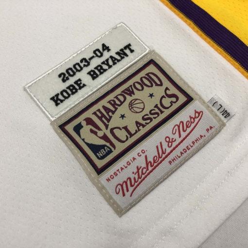 Kobe Bryant Los Angeles Lakers Alternate 2003-04 white jersey 6
